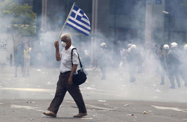 L'ultima follia: cacciare i greci dalla Grecia