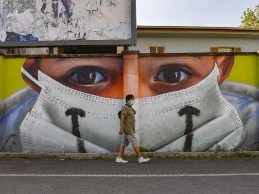 Il terrorismo epidemiologico ci ha tolto la voglia di vivere