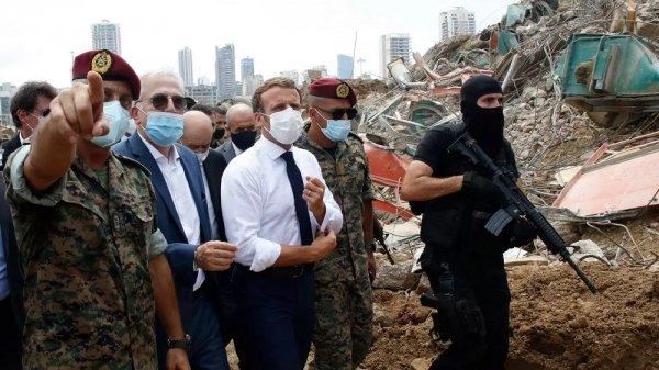 """Il """"commissario"""" Macron in Libano prova a dettare le regole"""