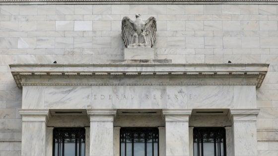 Solo le banche centrali tengono a galla l'Italia