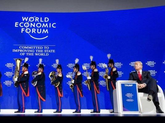 Attenti a Trump: spacca l'élite globalista e manda in crisi la Ue