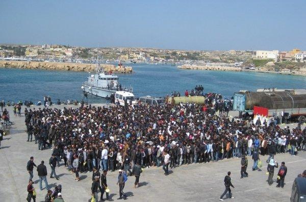 Migranti: il disastro dell'emergenza permanente (1)