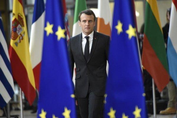Macron adesso perseguita anche la stampa