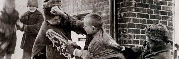 I giovani morti viventi immolati sull'altare della Russia sovietica