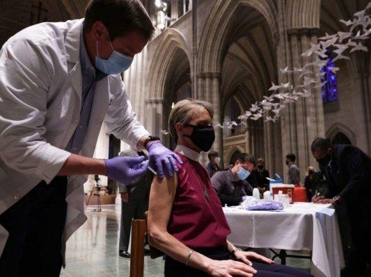 La vaccinazione è un rituale mitopoietico in atto