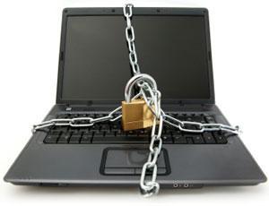 Gentiloni ce l'ha quasi fatta: potrete essere censurati e schedati sul web