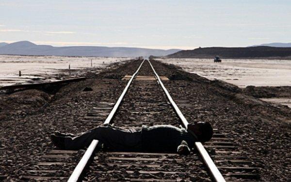 Il suicidio perfetto dell'Occidente