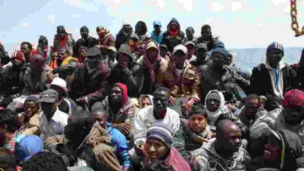 Elites e migrazione: falsa morale e veri interessi