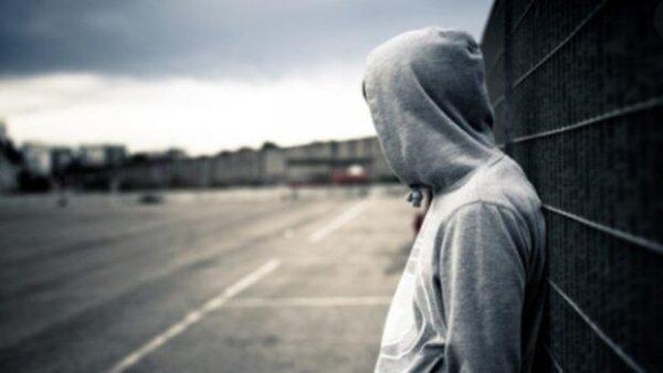 Non cercate mandanti a ogni suicidio