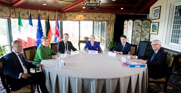 Sanzioni dannose, il premier fa bene a stare con Putin