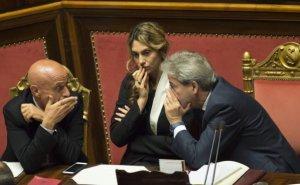 La democrazia nella sua forma migliore: voto di scambio a Casini