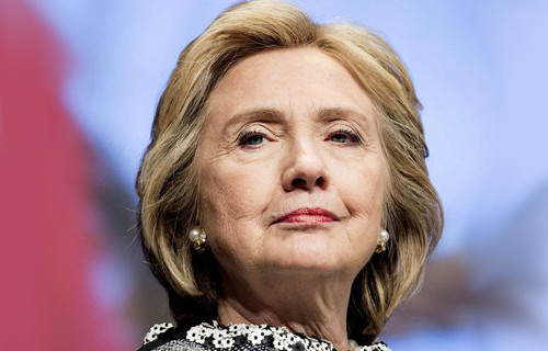 'Regina del Caos', il vero volto di Hillary Clinton