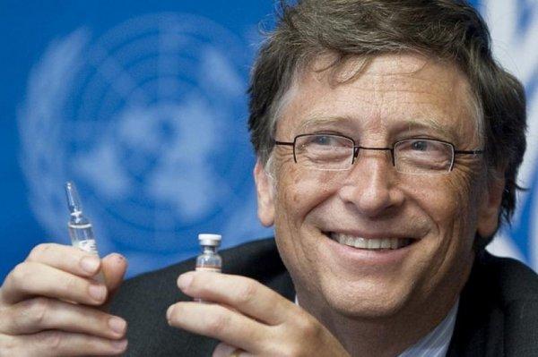 Bill Gates attraversa il Rubicone digitale, dice che gli 'assembramenti' potrebbero essere vietati in mancanza di una vaccinazione globale