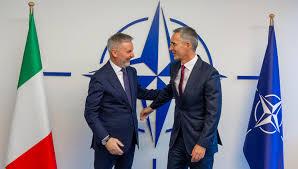 Non c'è crisi per l'Italia militare nella Nato
