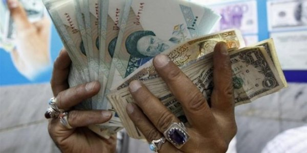 L'Iran sostituirà il dollaro USA con l'euro nelle relazioni finanziarie.