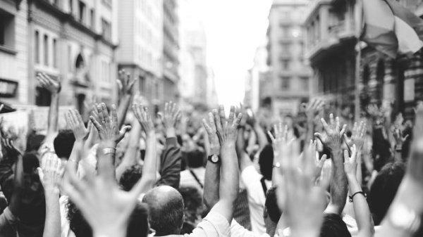 Il populismo è negazionista?