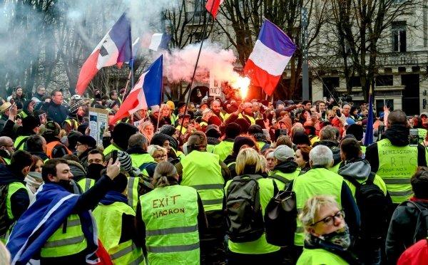 Chi sono i gilet gialli e cosa possono fare alle europee