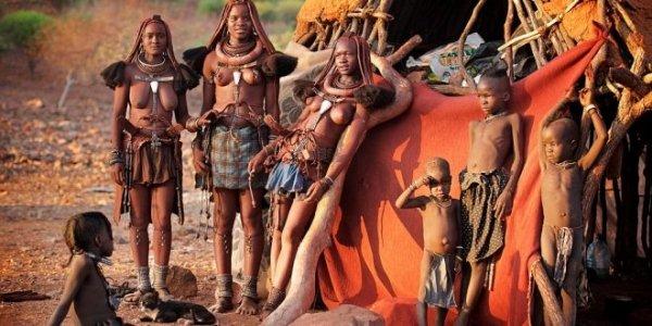 Prassi e retorica nelle politiche di sviluppo: il caso Himba