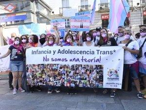 """La """"trans dittatura"""" al posto della"""