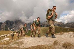 Tra ripristino della leva e Servizio di Difesa Nazionale
