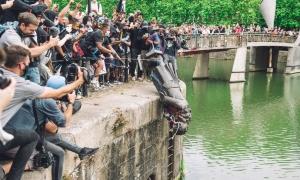 Quel distruggere le statue che non inganna la Storia, ma solo noi stessi
