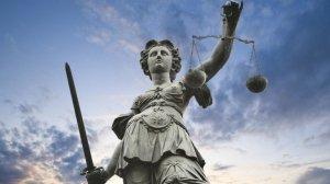 Elogio del limite: dèi e libertà