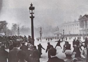 E se a Parigi Marx e Nietzsche si riprendessero per mano?