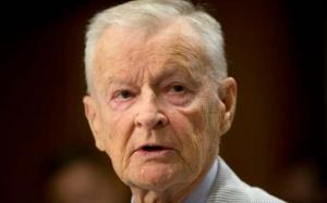 """Zbigniew Brzezinski: """"esportare rivoluzione"""" e cambio di regime"""