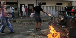 Gli Stati Uniti istigano la guerra civile in Venezuela