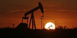 Il prezzo del petrolio va sotto zero, anomalia sovversiva