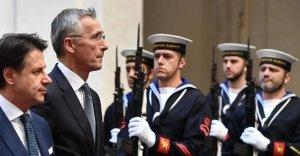 La Nato al timone della politica estera italiana