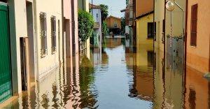 L'ideologia mascherata e il burka della salute