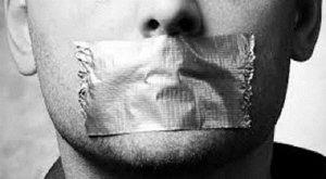 Ma quale vilipendio, si mette a tacere il pensiero