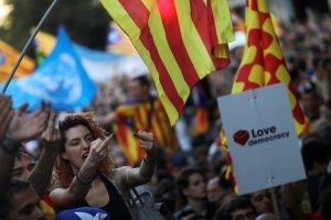 Soros scommette sull'indipendenza  e la Spagna rischia di sprofondare