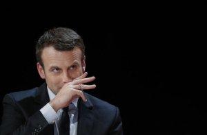 Macron, tanto amato dai globalizzatori, molto meno dal popolo di Francia