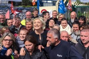 Dai migranti a Soros, ormai è delitto di lesa ONG. Ma Amiens ha varcato il Rubicone dell'ideologia