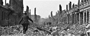 I bombardamenti angloamericani di Dresda fecero più vittime della bomba atomica