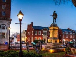 Dietro i fatti di Charlottesville