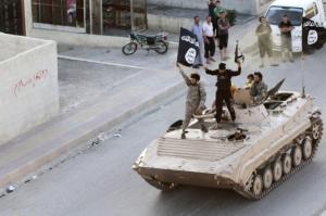 Ci sono molti attacchi in Occidente ma non c'è una guerra all'Occidente, anche perché i finanziatori dei miliziani dell'Isis sono nostri fedeli alleati e partner d'affari