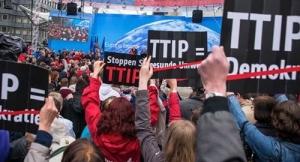 Primo effetto Brexit: Il vice di Merkel dichiara morto il TTIP