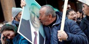Un entusiasmo al calor bianco ha accolto Putin in Serbia: è tornata la questione balcanica?
