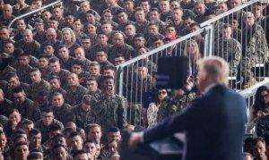 La demagogia di Donald Trump esce fuori dai binari