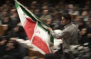 Iran, Rohani vince a mani basse: le ragioni della scelta popolare