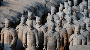 """Il """"Sogno Cinese"""" è quello mondiale? La Cina di Sun Tzu guarda dubbiosa la gilda di Xiaoping"""
