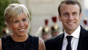"""Francia: la sinistra mondialista acclama il nuovo """"enfant prodige"""" Macron, paladino della finanza cosmopolita."""