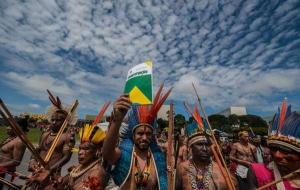 Brasile: il governo abbandona le tribù incontattate in balia di taglialegna e allevatori