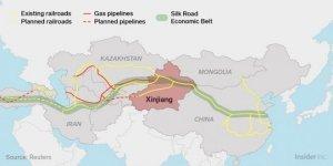 Questa cartina geografica mostra la ragione da trilioni di dollari del perché gli Stati Uniti appoggiano il terrorismo nella Cina occidentale