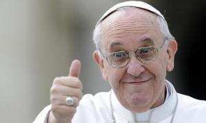 Il Papa, l'islam e migranti. Dopo secoli, così fa a pezzi la Chiesa