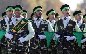 All'Ayatollah Khamenei e ai Pasdaran le leve del potere economico