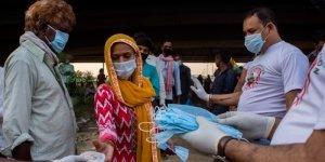 Il mistero dell'India: perché sono crollati i casi di Covid?